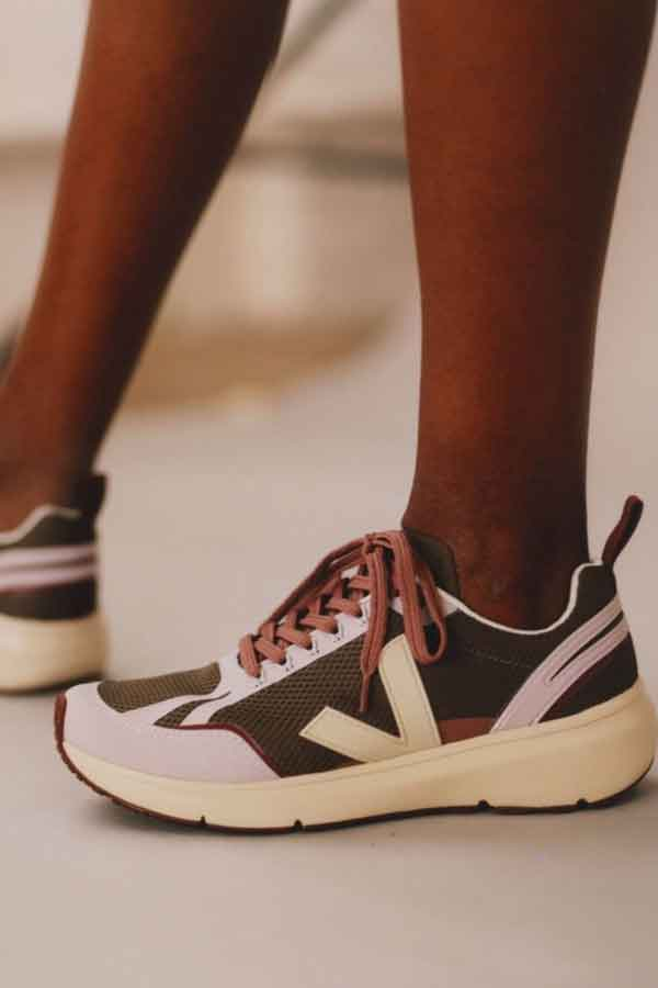 VEJA SUSTAINABLE FASHION BRAND FRANCE ECOLOOKBOOK