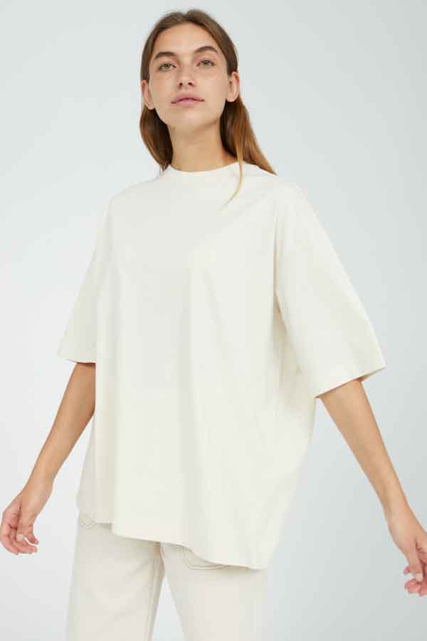 ARMED ANGELS OVERSIZED TSHIRT SHOP SUSTAINABLE FASHION MAY 2021 ECOLOOKBOOK